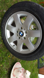 """BMW MAGS 16""""  114.3 X 5 ( tires are finished )"""