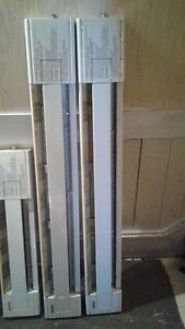 15 A Electrical Baseboard Convection Heaters with thermostats Peterborough Peterborough Area image 3