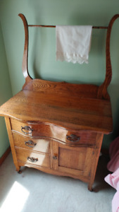 Antique dry skin with harp and matching dresser circa 1900