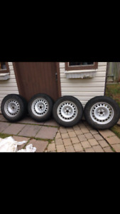 4 NordFrost Gislaved winter tires on Rims! Size 215/65R/16