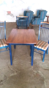 Table and chairs $300