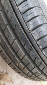 Tyre for sale 205 55 16