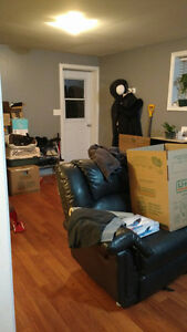 Pet Friendly - 2 Bedroom Apartment - Close to MUN St. John's Newfoundland image 6