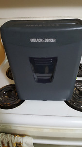 Black and Decker Shredder
