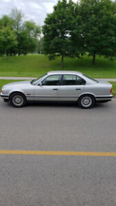 !!!1993 BMW 540i, 5 speed automatic, V8-282 HP, 190,000kms!!!