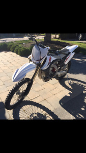 Selling Yamaha 2013 YZ  Dirt Bike very good condition!!