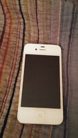 Iphone 4S 16GB- Bell/Virgin
