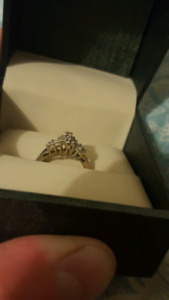 14k diamond white gold ring