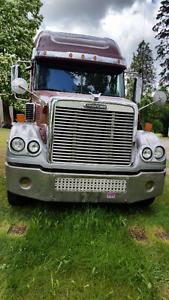 2005 Freightliner Coronado