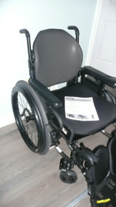 QUICKIE Wheelchair Leg Supports FOOT REST Raises Barely Used