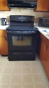 Kenmore glass top stove and convection oven