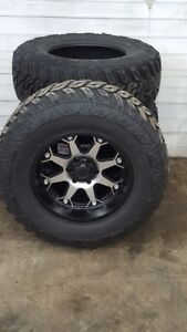 """NEW 18"""" WHEEL & TIRE COMBO 6X5.5 BOLT PATTERN  WITH 35"""" TIRES"""