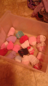 20 pairs girls socks in good condition