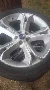 2010 ford Taurus rims 245/45r20