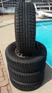 4 Max Trek M7 on Rims (5 Holes) Winter Tires P215/60R16