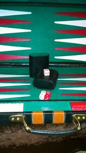 Backgammon set in leather,locking briefcase carrier - large size Kitchener / Waterloo Kitchener Area image 2
