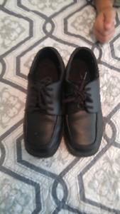 Boys dress shoes size 13