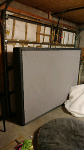 Queen size box spring. Grey black..1.year old