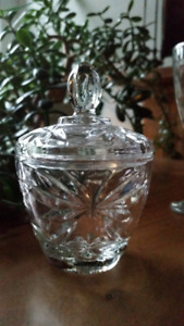 Vintage Crystal Sugar Dish + Cover Beautiful Details and Clarity
