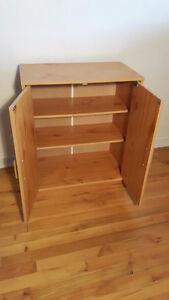 Shelf unit / étagère