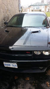 Dodge Challenger R/T 2010 Coupe - Brand New Condition