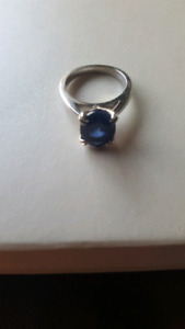 Sapphire Ring for Sale