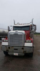 Freightliner FLD 120 conventionel