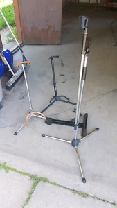 Free guitar stands and mic stand
