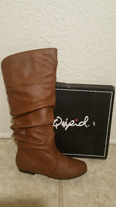 brand new size 6.5 boot