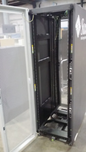 Sun Microsystems Server Rack with 2 PDUs and Power Panel
