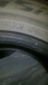 225/60/16 Toyo GSI 5 x4 winter tires (no rims)