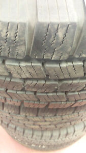 Dodge alloy wheels and 31x10.5x15  Michelin tires LIKE NEW