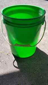 construction buckets 4 sale