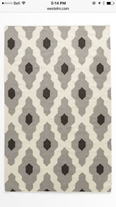 West Elm Rug 5x8ft