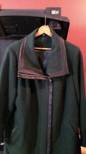 Forest Green Wool Coat - New - Manteau de Laine Vert-Forêt