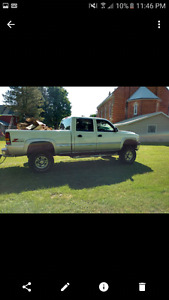 2006 Chevrolet Silverado 2500 Chrome Pickup Truck