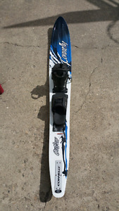 Connelly Outlaw 69 inch Slalom water ski