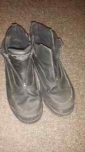 Women's Cougar Shoes Size 9 for Sale Peterborough Peterborough Area image 1