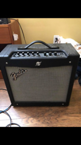Fender Mustang 2 guitar amplifier