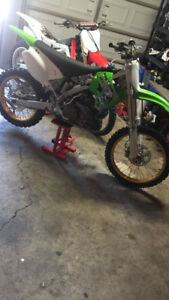 Selling 05 KX 250