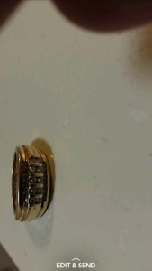 10K gold ring moving away want gone!