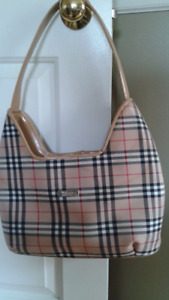 Burberry tote bag -not real