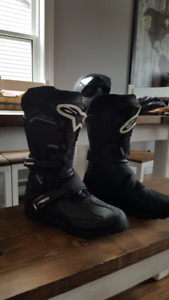 FOR SALE: Alpinestars Toucan  Boots Size 10