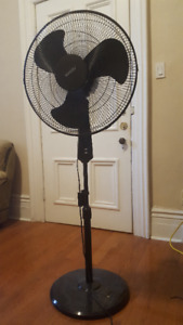 NOMA Pedestal Tower Fan with Timer, 18-in