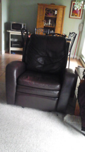 Fauteuil bercant/ cuir
