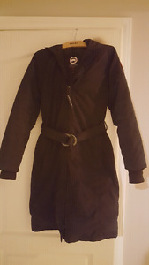 CANADA GOOSE SZ MEDIUM WOMENS BLACK KNEE LENGTH DOWN $450 FIRM