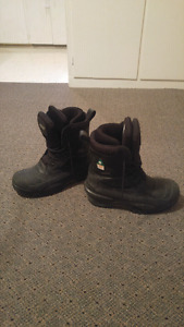 Baffin worl boots size 9