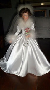 "RETIRED 20"" Ashton Drake ""Winter Romance"" Bride Doll"