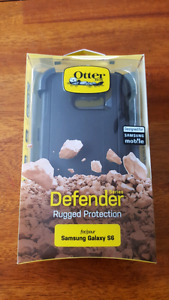 Black Samsung Galaxy S6 Otterbox Defender Cases