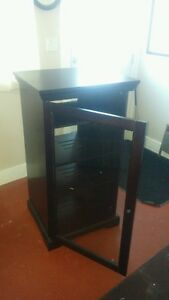 dark stained 3 shelf stereo cabinet, excellent condition